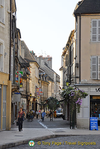 Shopping street of Beaune