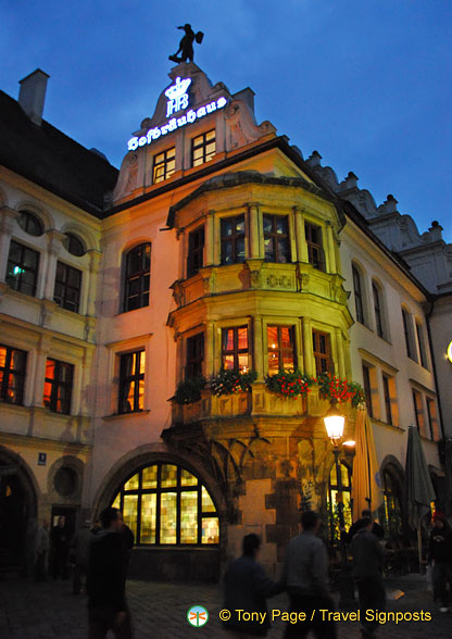 Hofbräuhaus at Platzl 9 in downtown Munich