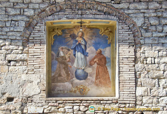One of the many religious artwork in Assisi
