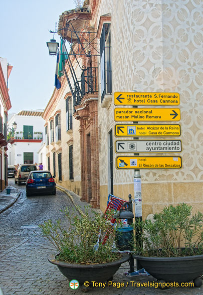 Directions to Carmona attractions