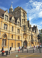 Balliol College - main entrance in Broad Street