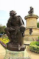 Statue of Hamlet in the gardens [Stratford-upon-Avon - England]