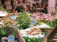 A Poisonnerie (Fishmonger) in Passy, Paris