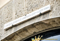 A sign marking the flood level of the Arno river in 1966