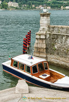Boat mooring at Isola Bella