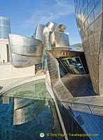 Guggenheim Bilbao: Design was made possible by use of Catia, a 3D design computer program